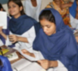 pakistan girls reading.jpg
