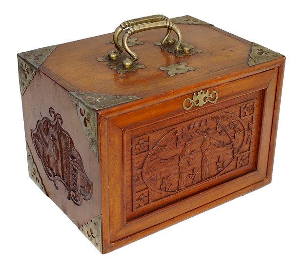Owl Bam Chinese Bakelite Mahjong set  in carved box.