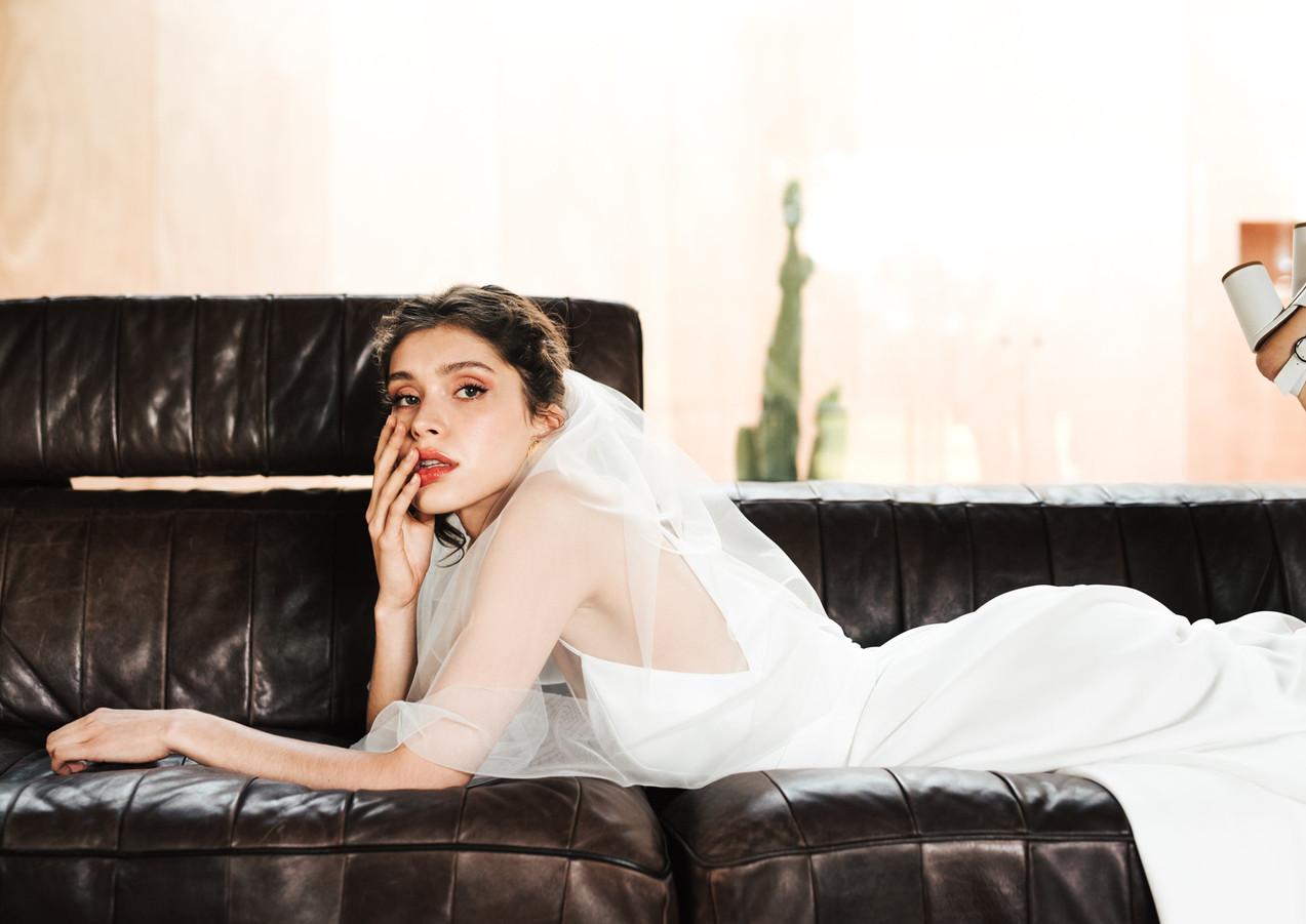 Mademoiselle De Guise - Laura