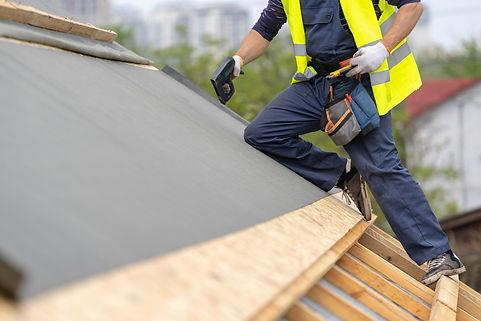 屋根防水加工作業