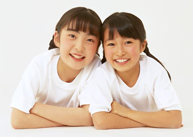 二人組の女の子