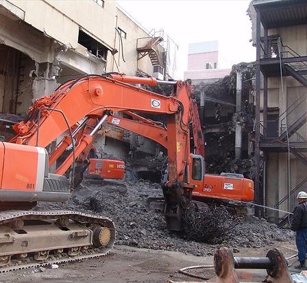 解体工事の様子