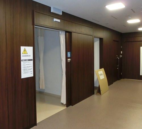 病院の自動ドア