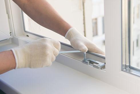 窓の取り付け工事