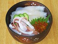 特牛イカ海鮮丼