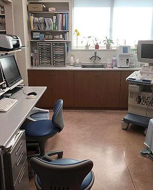 診察室・超音波・迅速血液検査