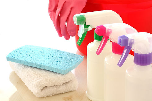 雑巾や手袋や洗剤