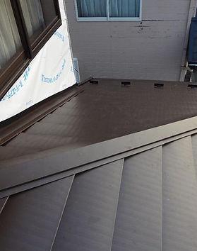 コロニアル屋根カバー工法 屋根完成