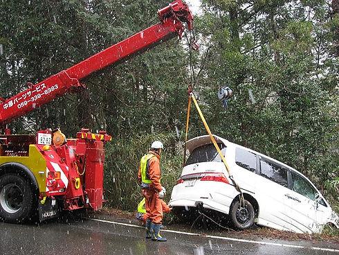 落車した車の救助