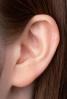 補聴器CIC着用イメージ