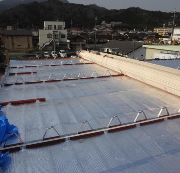 屋根遮熱工法