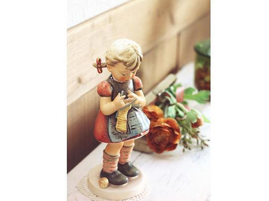 女の子の人形