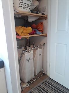 Airing cupboard before.jpg