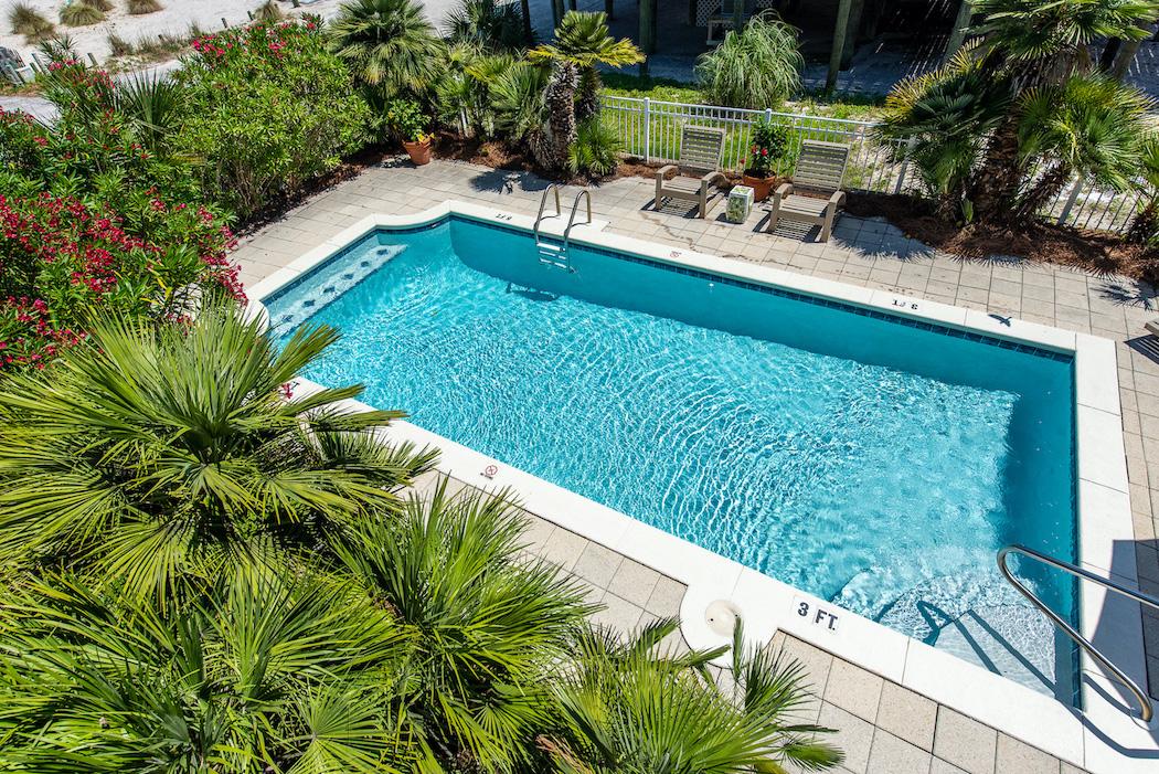 Pool Arial 2