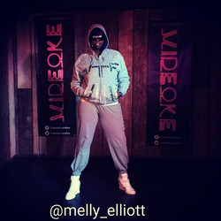 #follow _melly_elliott on #twitter #missyelliott #impersonator #actress  #comedian #host #videoke #e