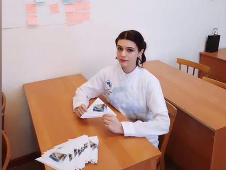 """Ученица Гимназии Алина Батурина рассказала о своей деятельности в рамках движения """"Волонтеры победы"""""""