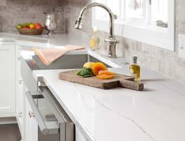 Calacatta White Quartz Countertop for Ki