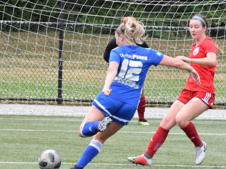 Force Women Keep Playoff Hopes Alive