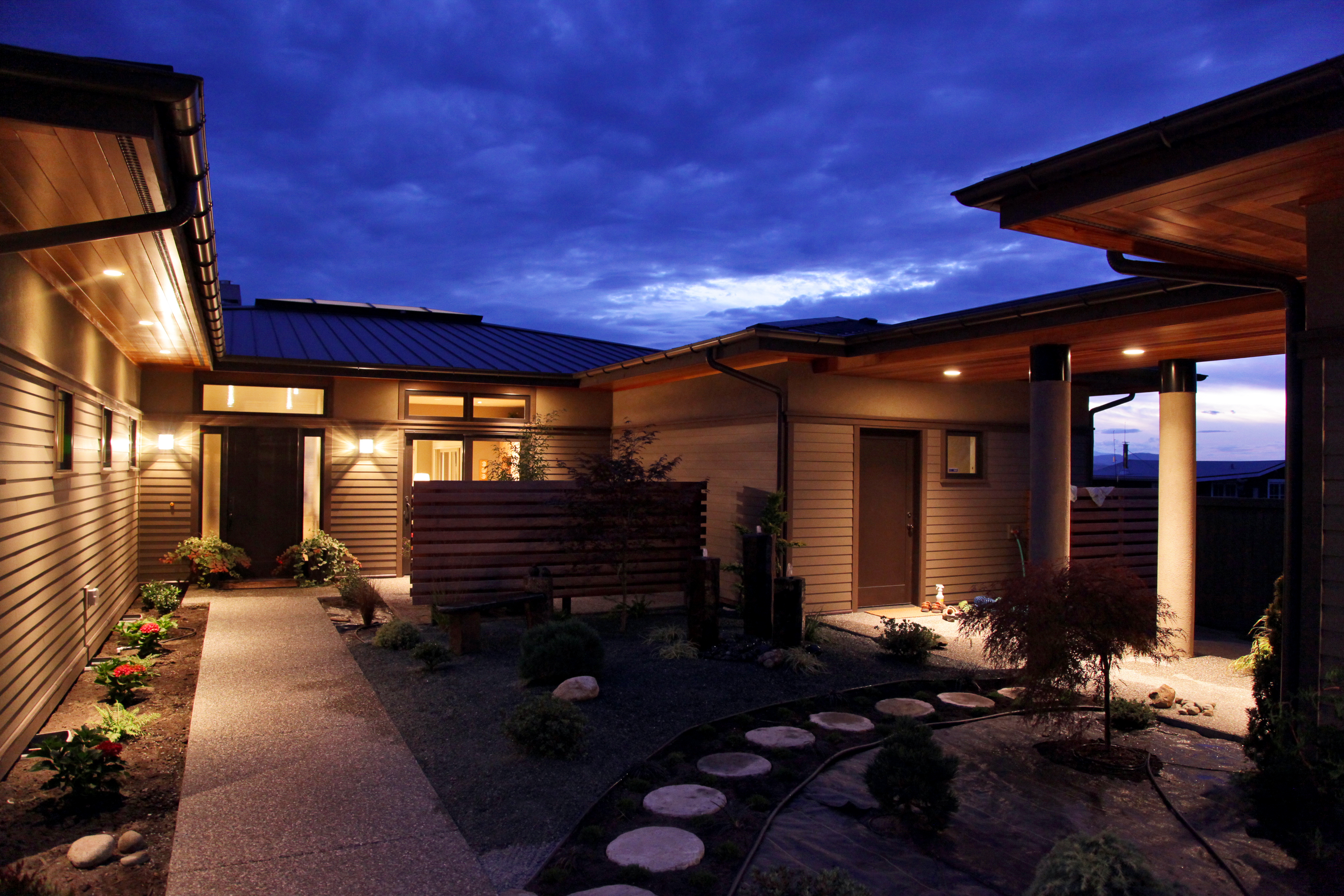 Reiner Residence Exterior