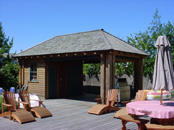 Zoffel Residence Cottage & BBQ Shed