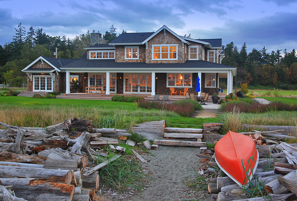 Camano Island Retreat Exterior