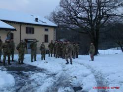 Paracadutisti e Volontari del CADMI in schieramento