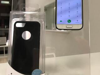 Lo smartphone da attaccare ovunque: ecco la cover anti gravità!