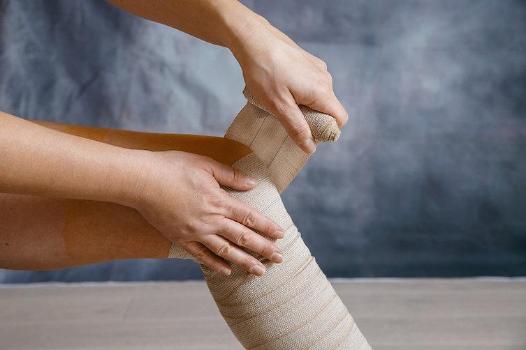 Bandaging-leg.jpg