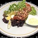 Tomate aux crevettes grises de la mer du nord, mayonnaise salade et frites