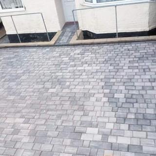 castle pave blocks