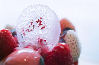 丸い綺麗なピンクの飴は『フランボワーズ』