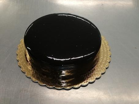 Glassare una torta moderna in pochi minuti...