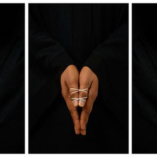 /pəˈfɔːm(ə)ns/ Triptych 01