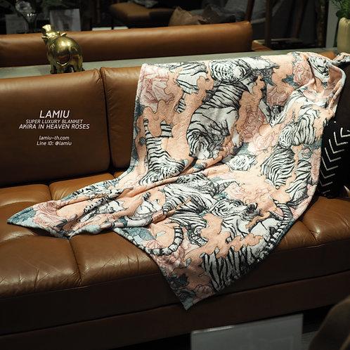 ผ้าห่มขนนุ่ม Super Luxury ลาย Akira in Heaven Roses