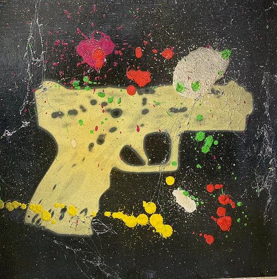 GUN BABY 44cm x 44cm