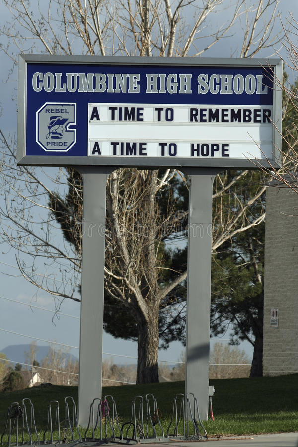 columbine-high-school-remembrance-15787305