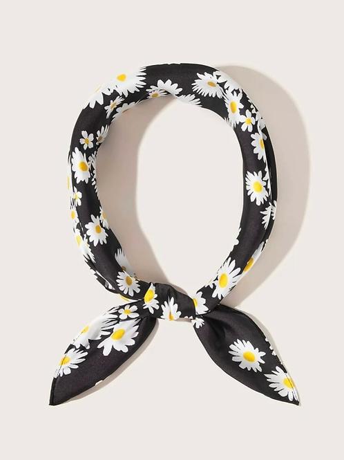 """Daisy scarf , 22"""""""