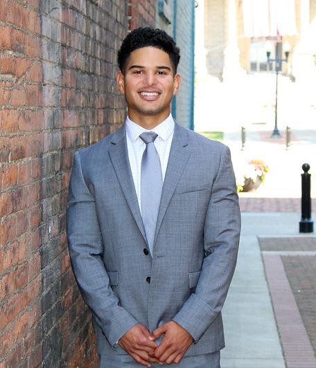 Alex Oviedo, Mortgage Specialist - Equit