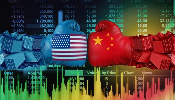Mercado mantém expectativa com guerra comercial