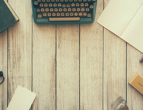 typewriter-801921_1920_edited.jpg