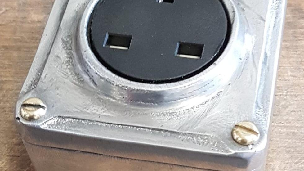 Cast Metal Vintage Industrial 1 Gang Power Socket