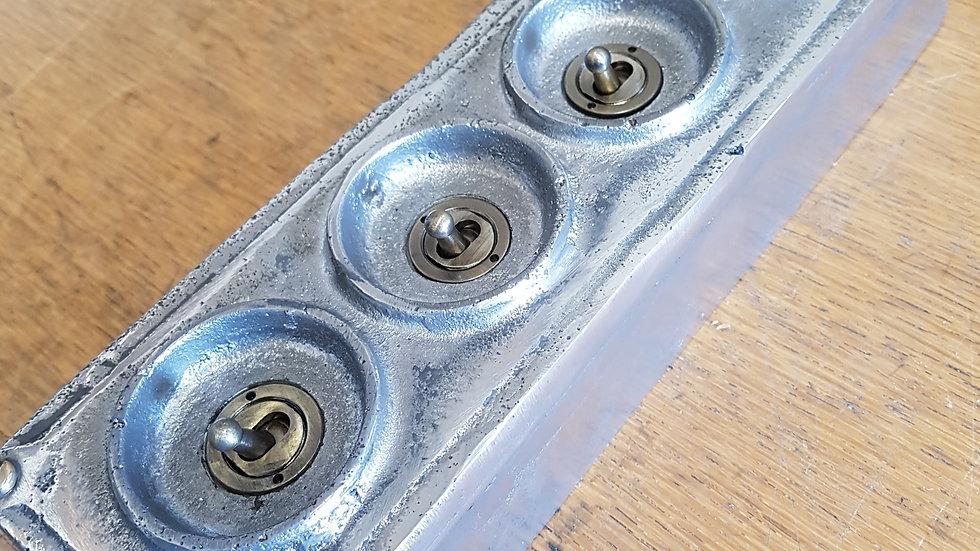 Cast Aluminium 4 Gang Light Switch (Long)