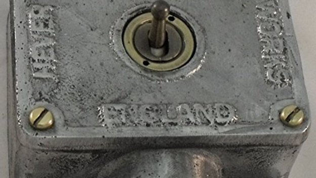 1 Gang Retrofit Cast Aluminium Light Switch