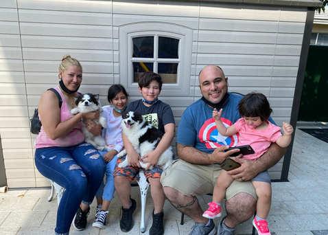 Dakoda, Mika and her family