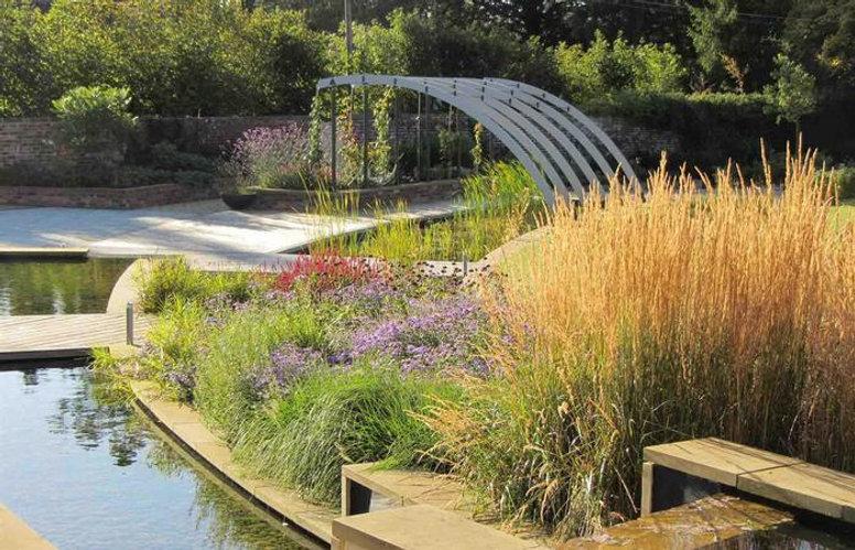 unusual-garden-decor-ideas-elegant-home-