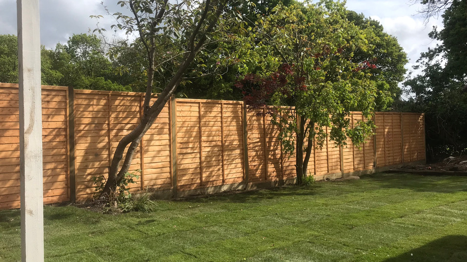 Lap Panel Fence installation, Haslemere