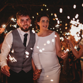 9 tips on how to get WOW sparker exit photos on your Wedding Day