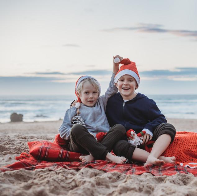 Christmas Mini Sessions  JJMT Photograph