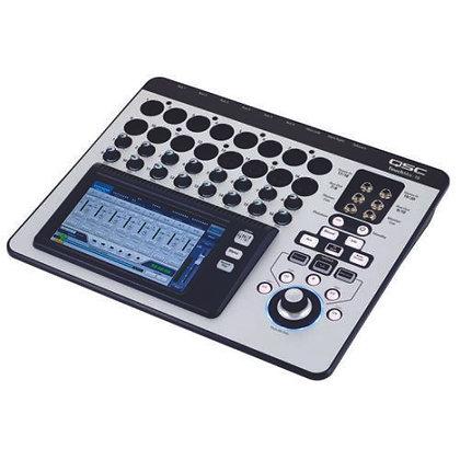 Mesa de Som Digital 16 Canais QSC TouchMix-16