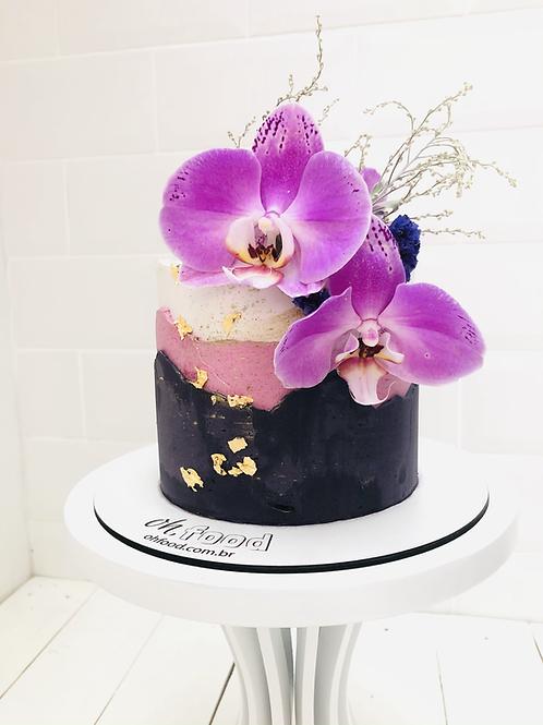 Adicione orquídeas ao seu bolo